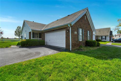 Photo of 1142 Oak Bay Drive, Galloway, OH 43119 (MLS # 221013523)