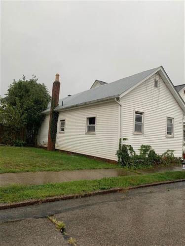Photo of 324 Garfield Avenue, Lancaster, OH 43130 (MLS # 221037524)
