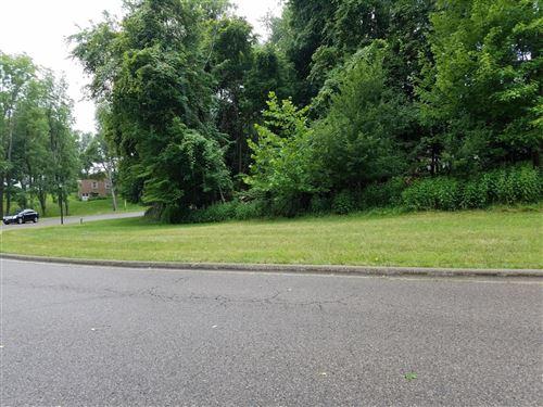 Photo of 855 Howell Drive, Newark, OH 43055 (MLS # 220014526)
