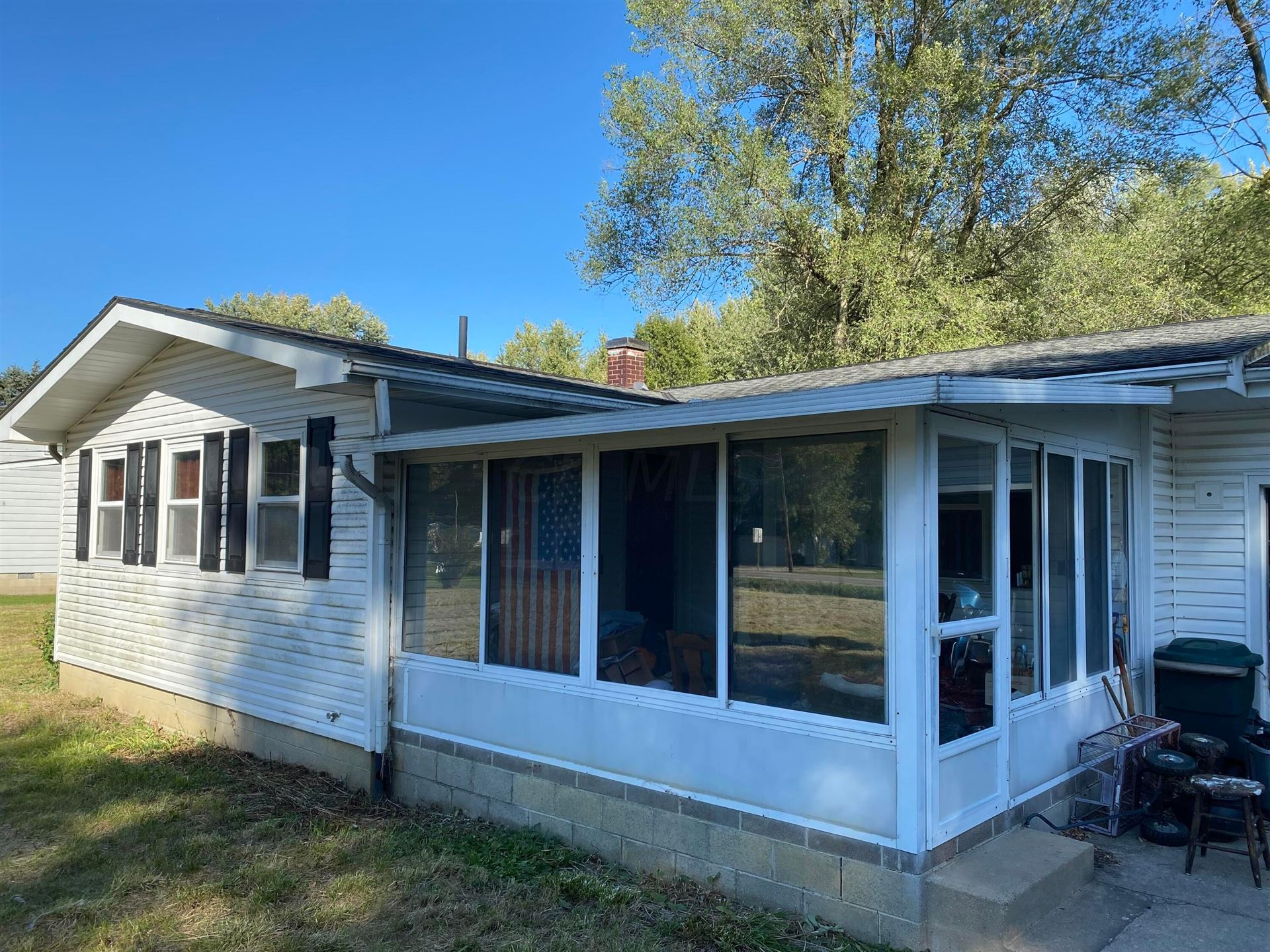 Photo of 3543 State Route 605, Galena, OH 43021 (MLS # 221040531)