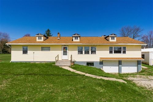 Photo of 12924 Cleveland Road SW, Pataskala, OH 43062 (MLS # 221009543)