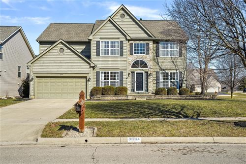 Photo of 3854 Delwood Drive, Powell, OH 43065 (MLS # 221006544)
