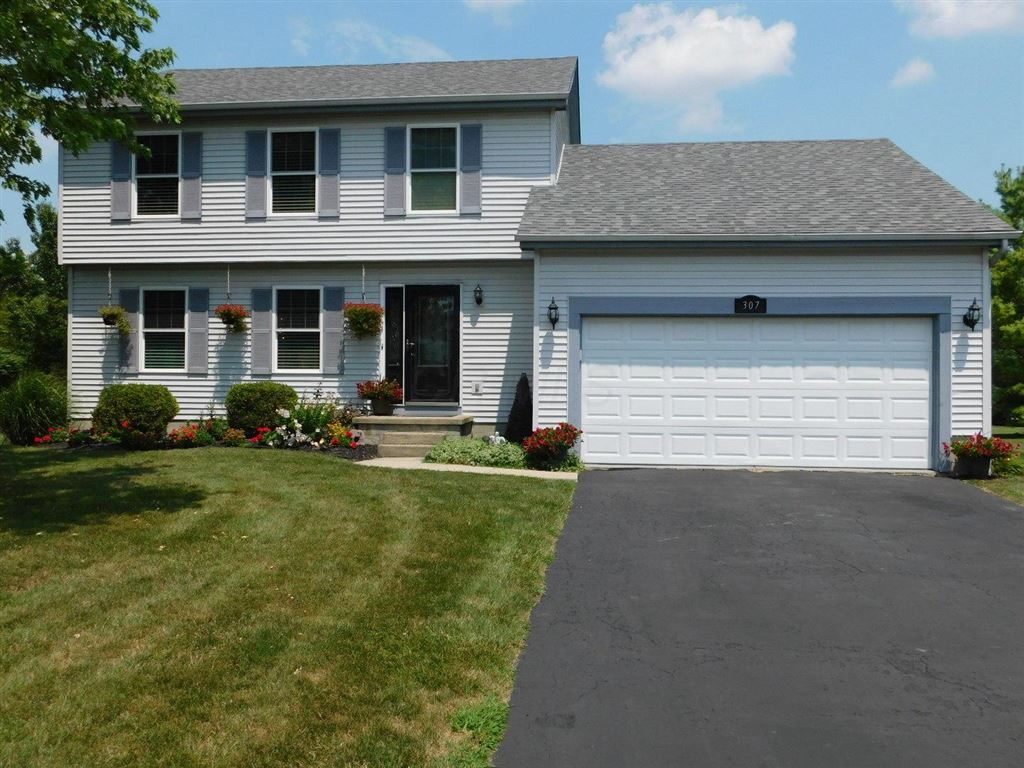 Photo for 307 Thames Court, London, OH 43140 (MLS # 219026545)