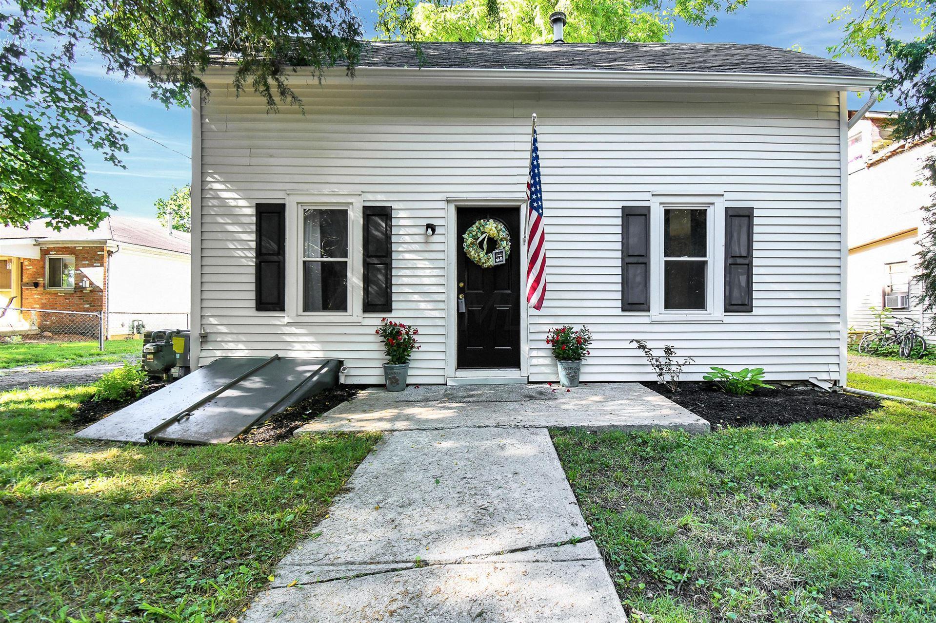 Photo of 30 Branch Street, Delaware, OH 43015 (MLS # 221021545)