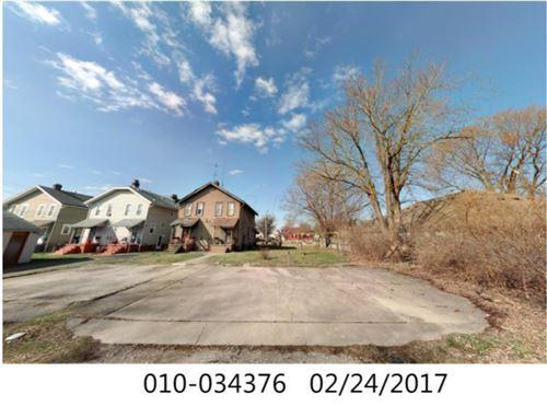 Photo of 526 N Champion Avenue, Columbus, OH 43203 (MLS # 221028547)
