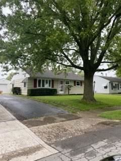 Photo for 304 Middle Drive, West Jefferson, OH 43162 (MLS # 221029560)