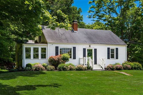 Photo of 328 Welsh Hills Road NW, Granville, OH 43023 (MLS # 221022566)