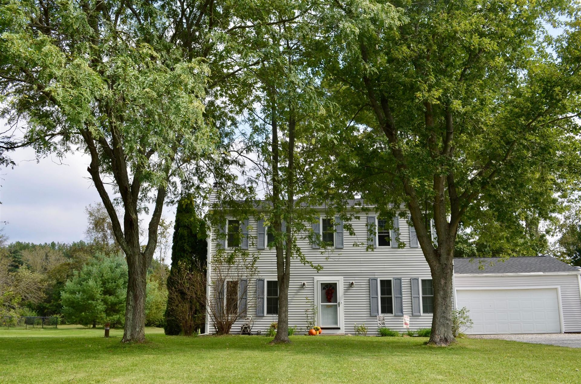 Photo of 3756 Pine Meadow Road, New Albany, OH 43054 (MLS # 221038566)