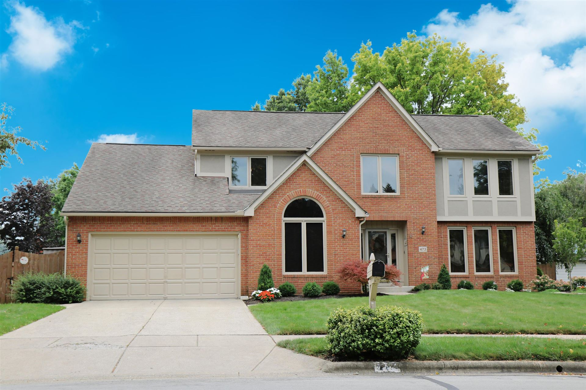 Photo for 473 Rockbourne Drive, Westerville, OH 43082 (MLS # 221029567)