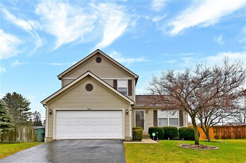 Photo of 5945 Whitehaven Drive, Galloway, OH 43119 (MLS # 220000576)