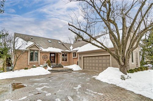 Photo of 4946 Donegal Cliffs Drive, Dublin, OH 43017 (MLS # 221006577)