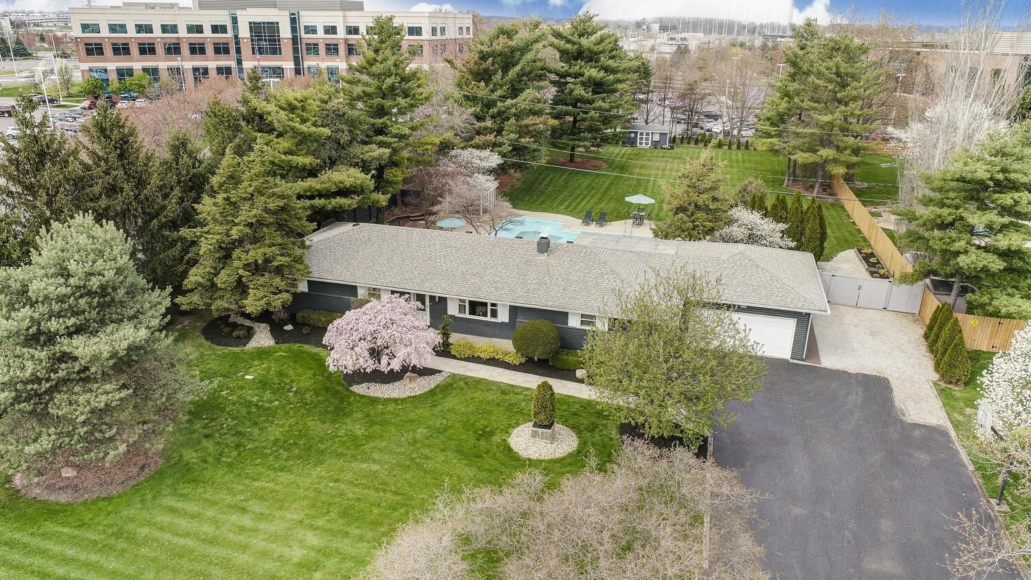 956 County Line Road W, Westerville, OH 43082 - MLS#: 221010584