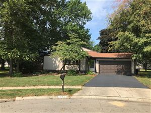 Photo of 293 Carlin Court W, Columbus, OH 43230 (MLS # 219033586)