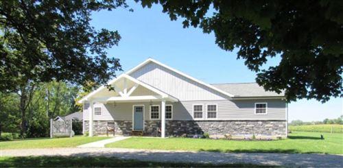 Photo of 7877 Fry Road, Mount Vernon, OH 43050 (MLS # 220033586)