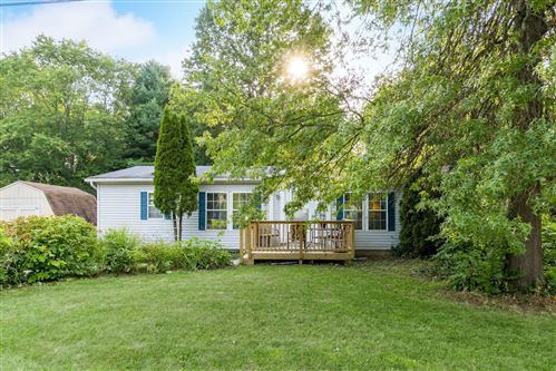 Photo of 44 1st Avenue SW, Etna, OH 43062 (MLS # 221030586)
