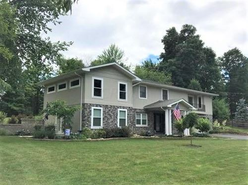 Photo of 101 W Reindeer Drive, Powell, OH 43065 (MLS # 220001588)