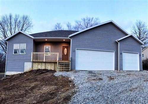 Photo of 176 Harbor View Drive, Thornville, OH 43076 (MLS # 220001599)