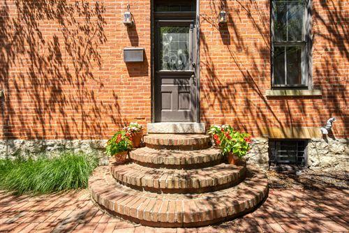 Photo of 834 S Lazelle Street, Columbus, OH 43206 (MLS # 220025599)