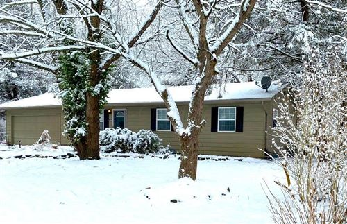 Photo of 104 River Forest Road SW, Pataskala, OH 43062 (MLS # 221004602)