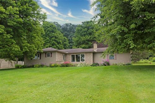 Photo of 14288 Wooster Road, Mount Vernon, OH 43050 (MLS # 221027603)