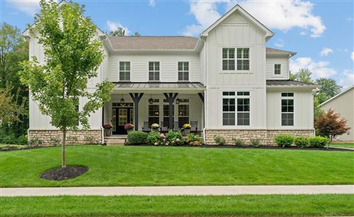 Photo of 2964 Highland Woods Boulevard, New Albany, OH 43054 (MLS # 221035612)