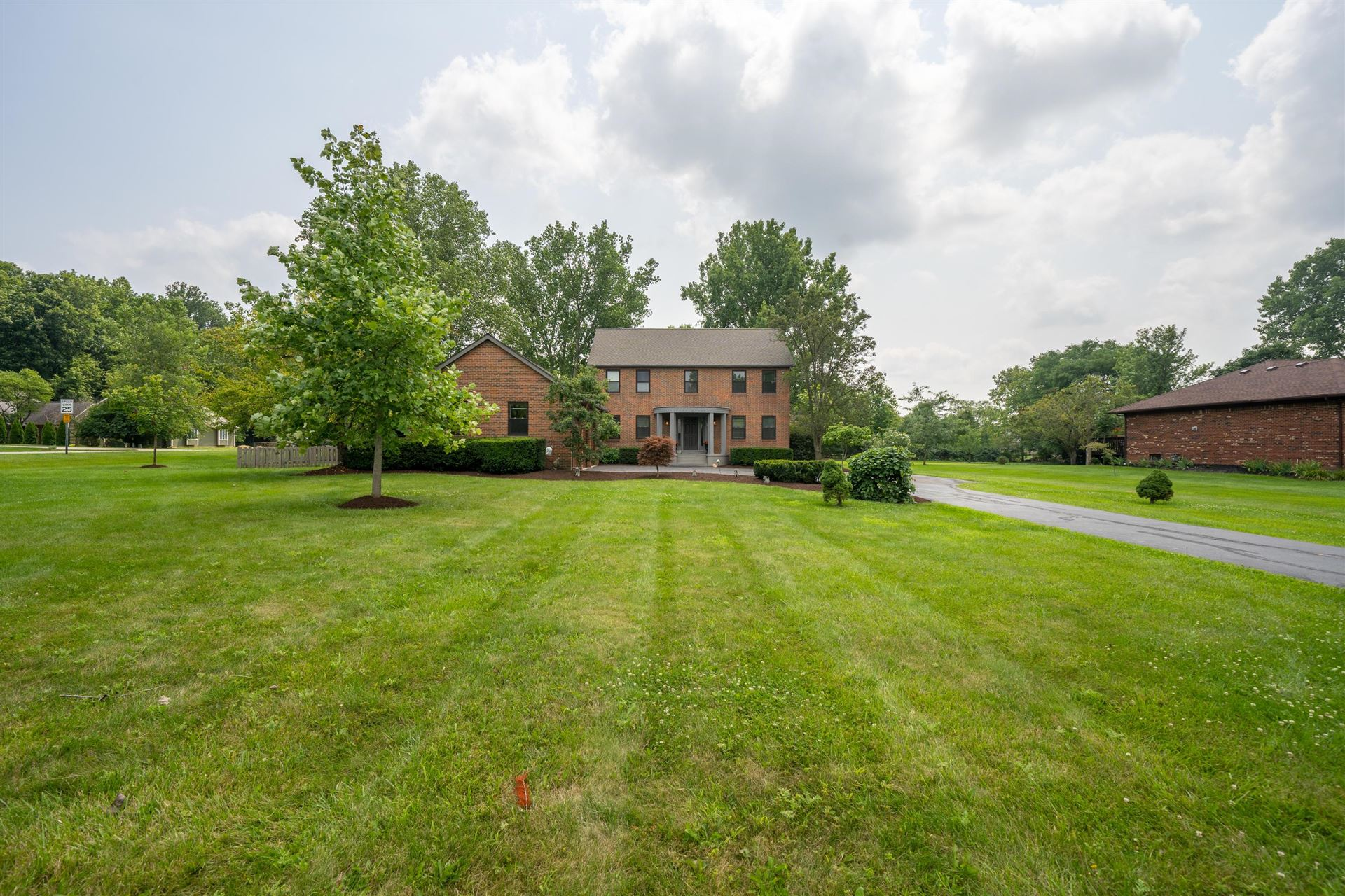 Photo of 4475 Millwater Drive, Powell, OH 43065 (MLS # 221028613)