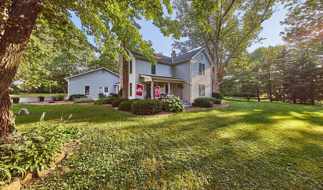 Photo for 6109 E Walnut Street, Westerville, OH 43081 (MLS # 221005614)