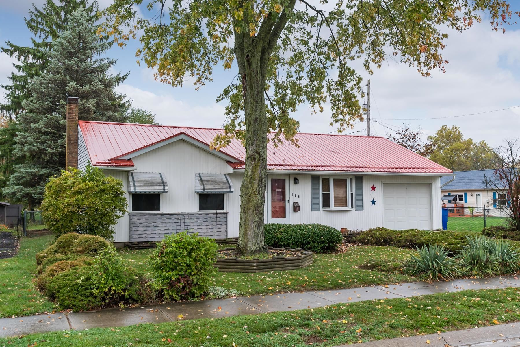 Photo of 252 Penick Avenue, Delaware, OH 43015 (MLS # 220037617)