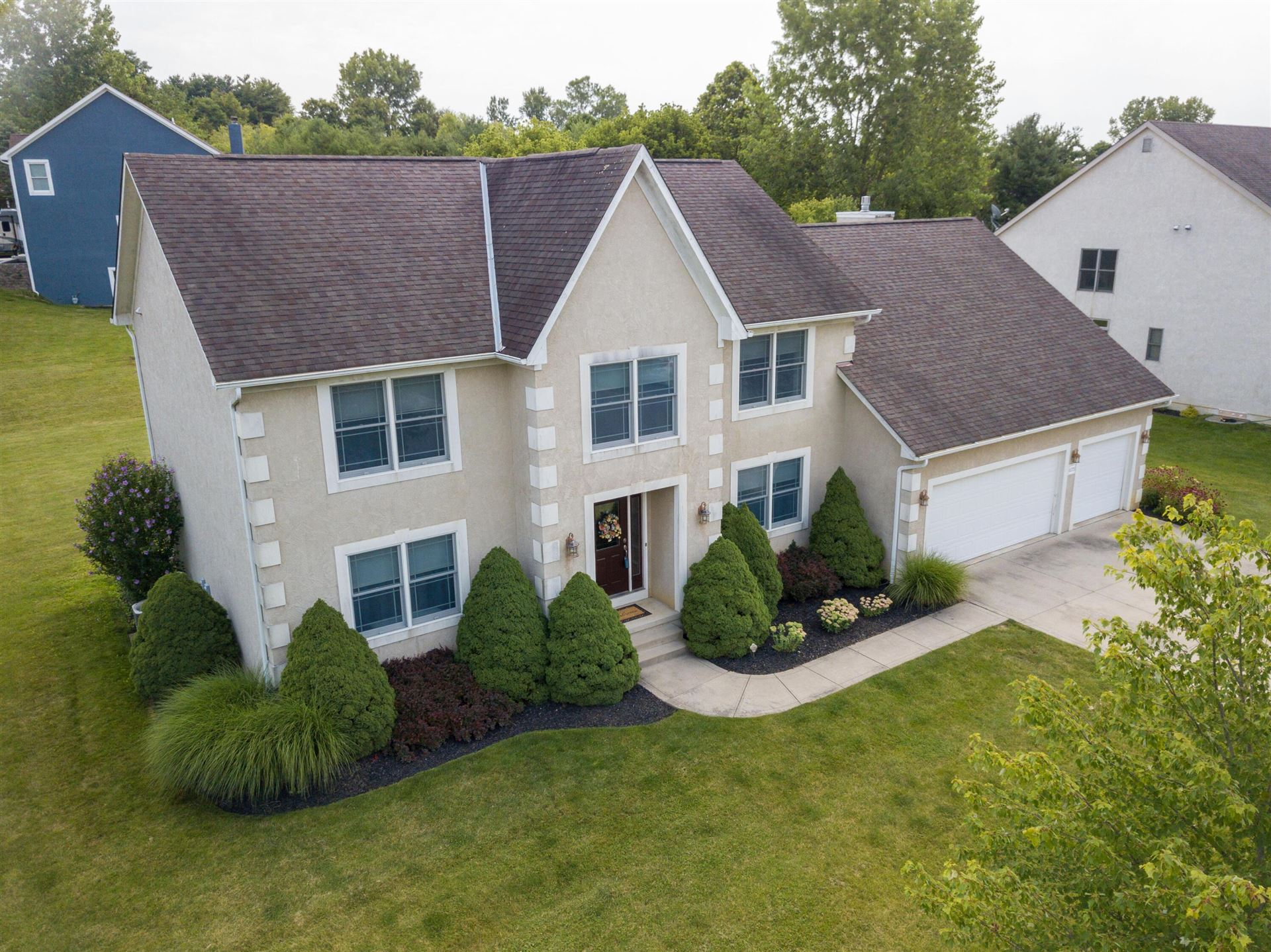 Photo of 6315 Crystal Valley Drive, Galena, OH 43021 (MLS # 221025623)