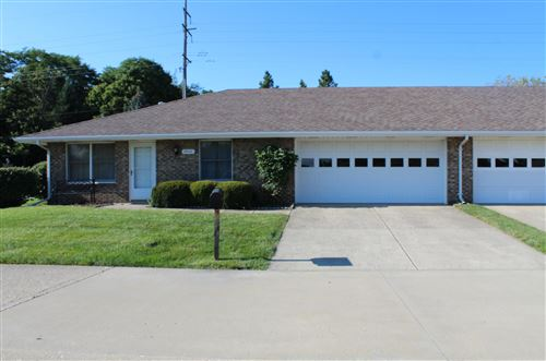 Photo of 4948 Brannan Drive E, Springfield, OH 45502 (MLS # 221029631)