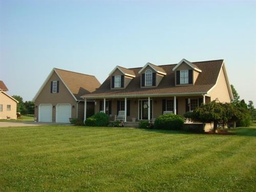 Photo of 11888 Pleasant Valley Rd. Road, Chillicothe, OH 45601 (MLS # 221028636)