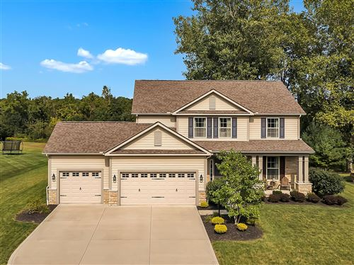 Photo of 1672 Forest View Drive, Pataskala, OH 43062 (MLS # 220033639)