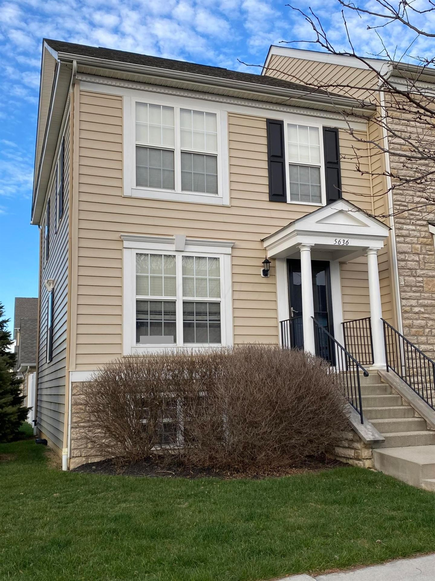 Photo of 5636 Middle Falls Street #57-533, Dublin, OH 43016 (MLS # 220041649)