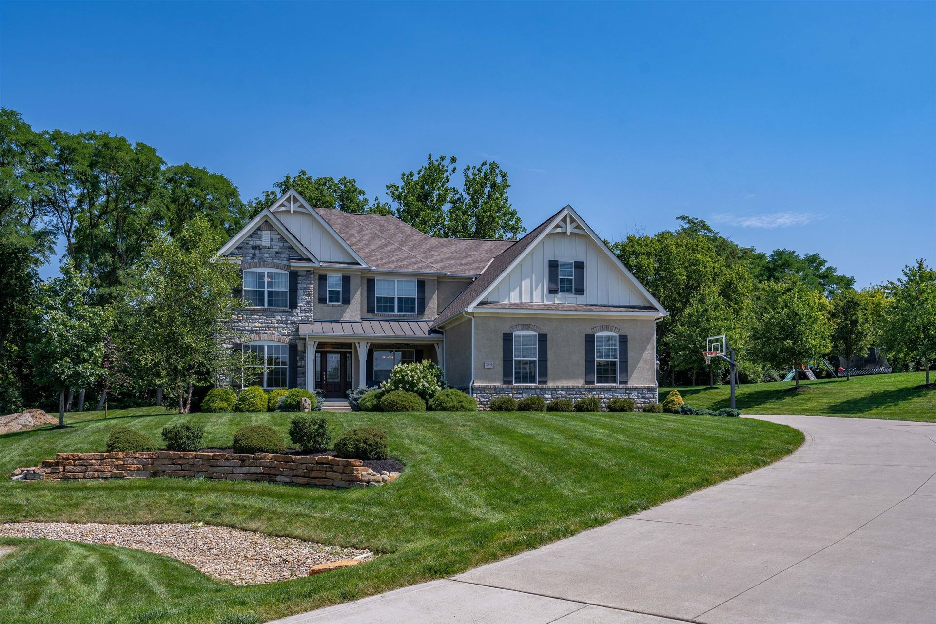 Photo of 1004 Cattail, Delaware, OH 43015 (MLS # 221028652)