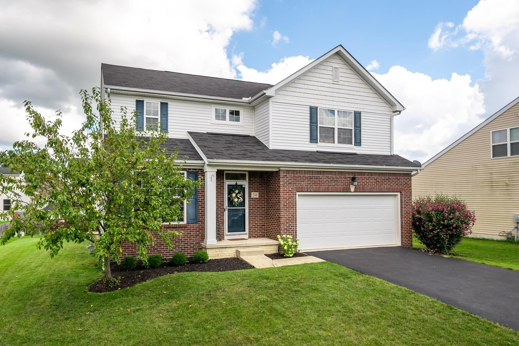 Photo of 248 Whitewater Court, Delaware, OH 43015 (MLS # 221035658)