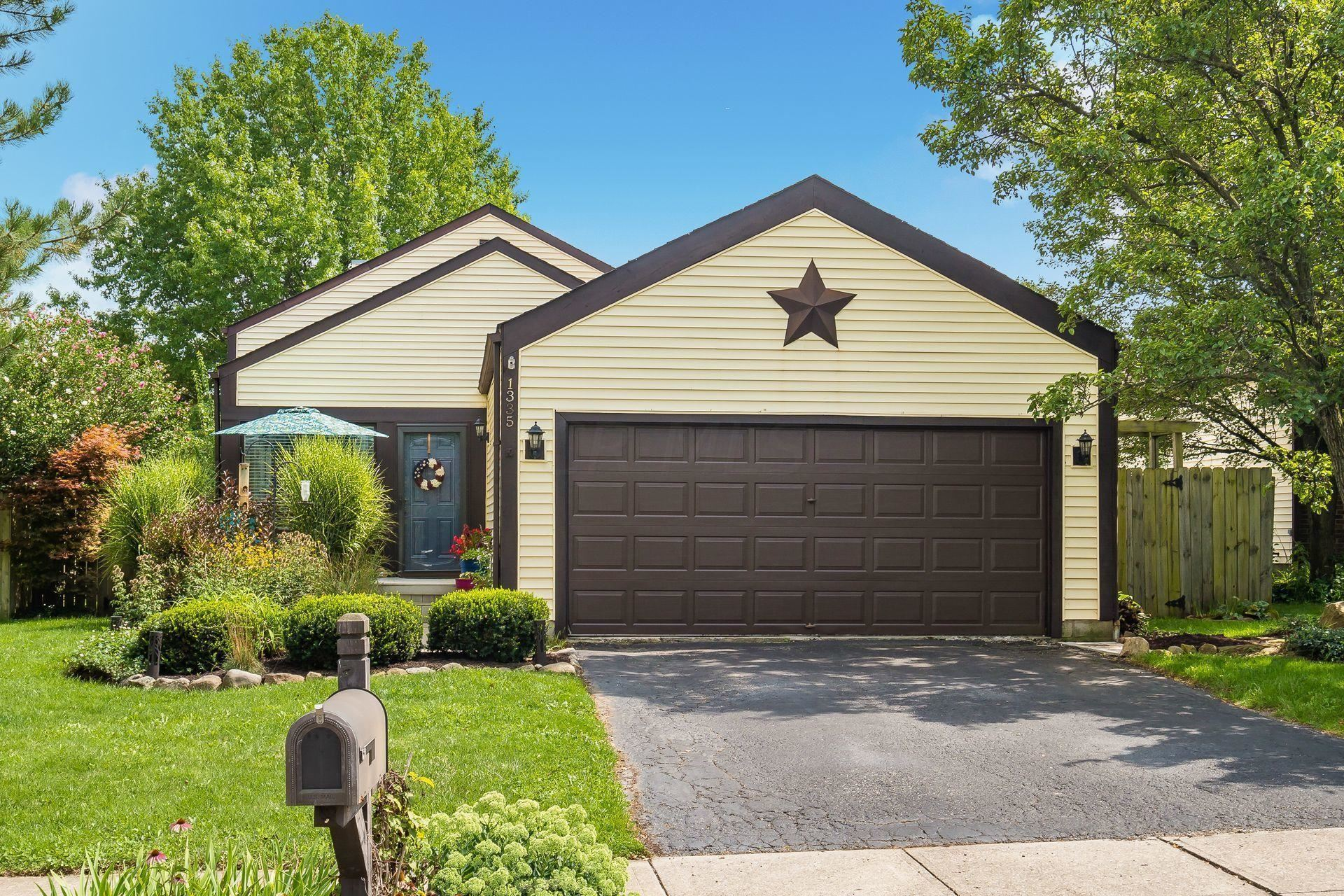 Photo of 1335 Clement Drive, Worthington, OH 43085 (MLS # 221032673)