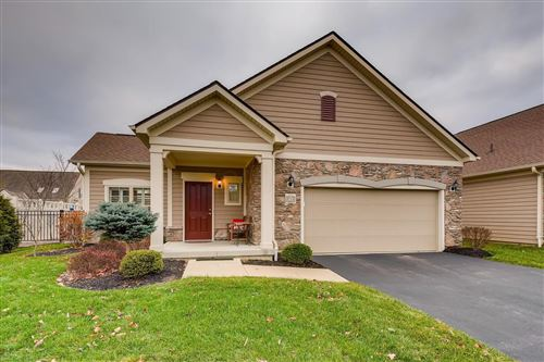 Photo of 67 Park Knoll Place, Powell, OH 43065 (MLS # 221000676)