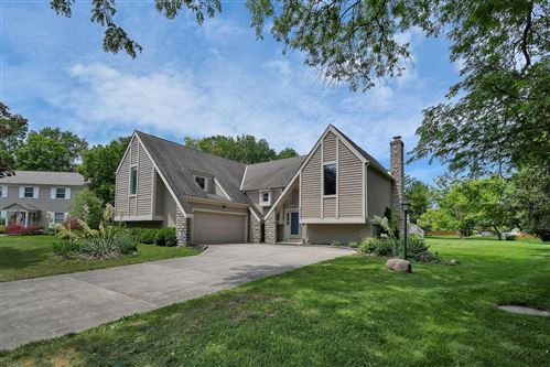 Photo of 2512 Squirewood Court, Dublin, OH 43016 (MLS # 220021695)