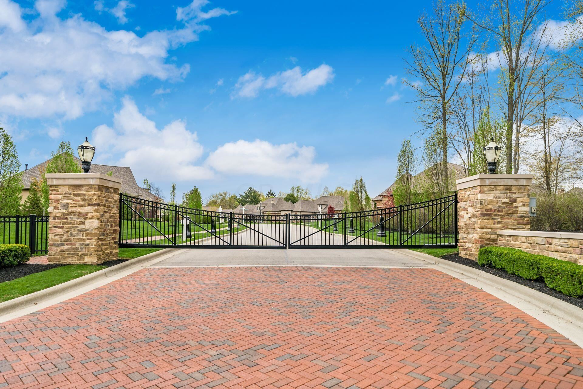 Photo of 5233 Sorrento Court, Westerville, OH 43082 (MLS # 221040706)