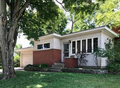 Photo of 103 Brown Street, Mount Vernon, OH 43050 (MLS # 220025716)
