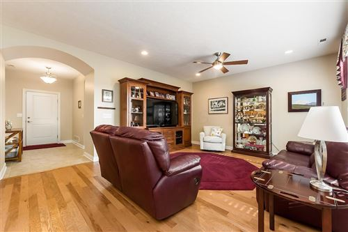 Tiny photo for 5026 Foxtail Drive, Hilliard, OH 43026 (MLS # 220000718)