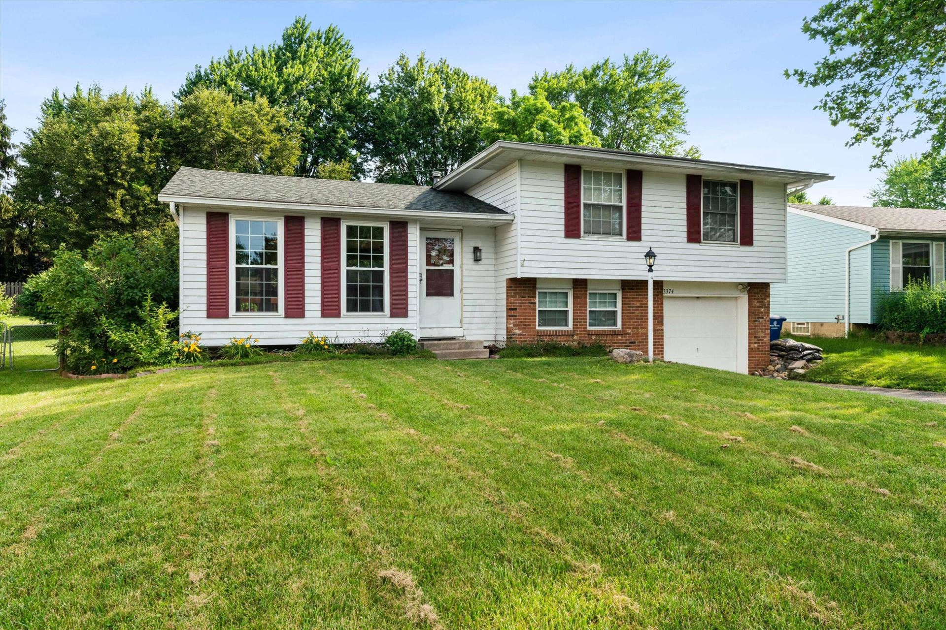 Photo of 3374 Vickers Drive, Westerville, OH 43081 (MLS # 221021728)