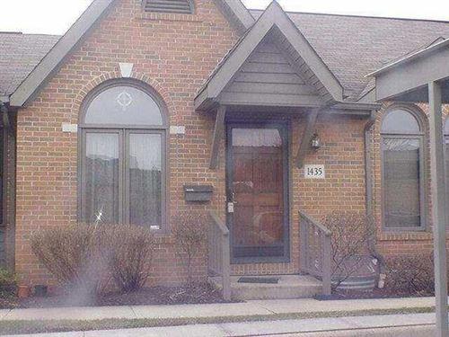 Photo of 1435 Pegwood Drive, Columbus, OH 43229 (MLS # 221033729)