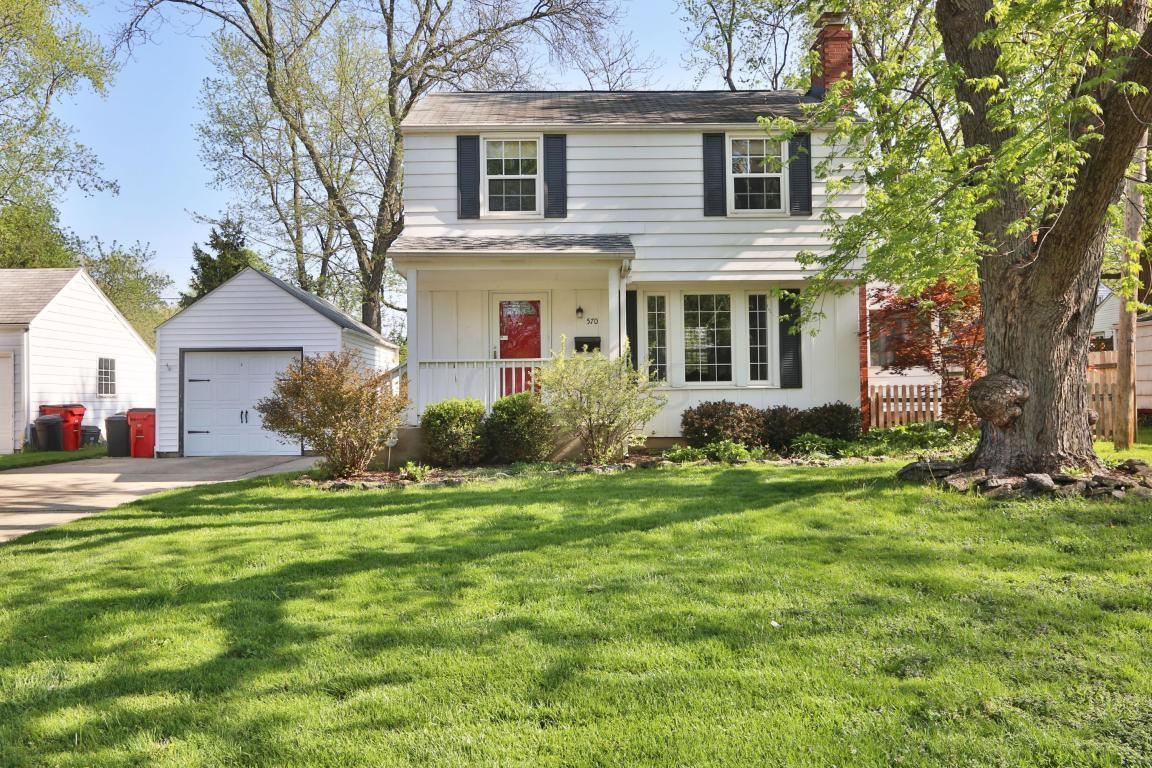 Photo of 570 Colonial Avenue, Worthington, OH 43085 (MLS # 220035733)