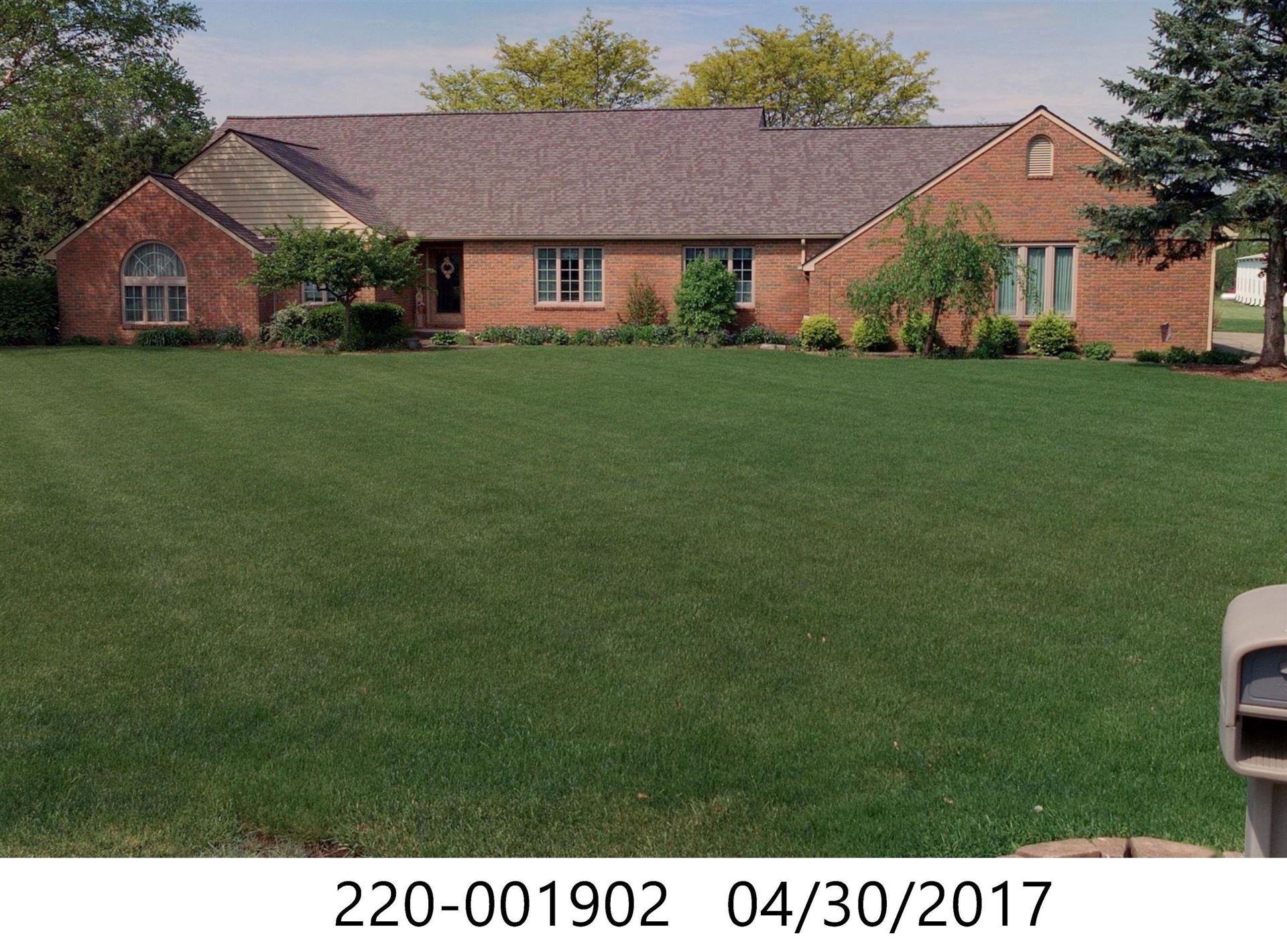 Photo of 7945 Albany Lane Lane, Westerville, OH 43081 (MLS # 221021736)
