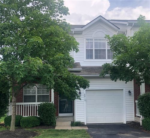 Photo of 3913 Hill Park Road, Hilliard, OH 43026 (MLS # 221020753)