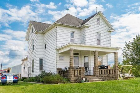 Photo of 5754 Horns Hill Road, Newark, OH 43055 (MLS # 221034782)
