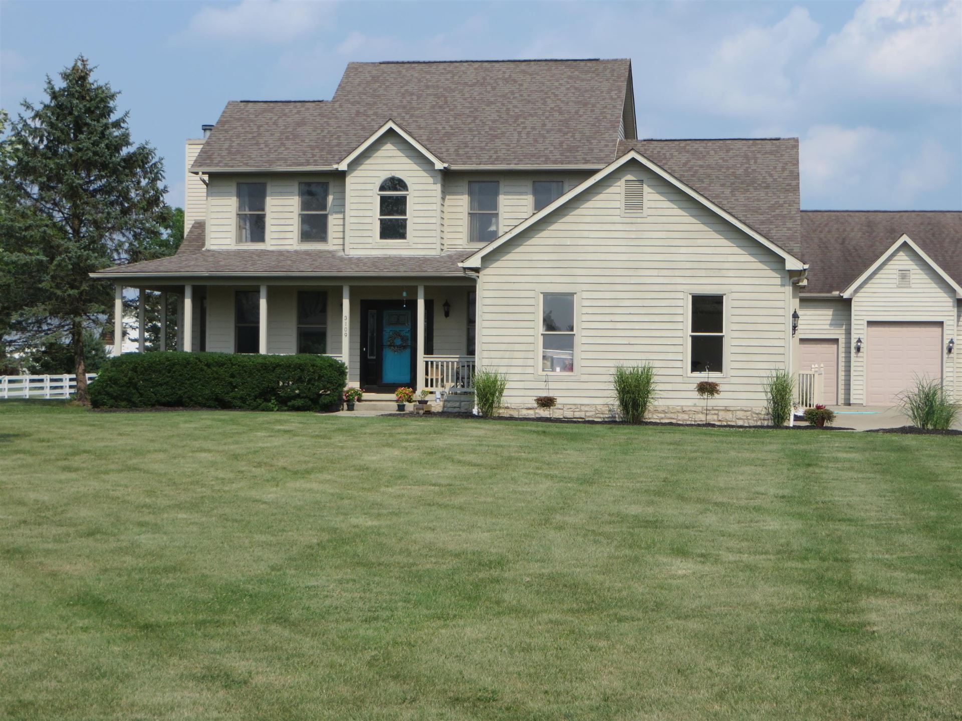 Photo of 3109 Ryan Meadow Place, Galena, OH 43021 (MLS # 221028786)