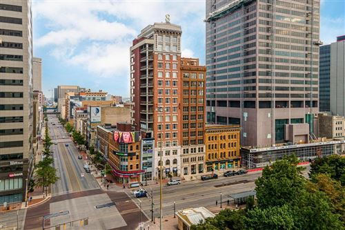Photo of 8 E Broad Street #1500, Columbus, OH 43215 (MLS # 220033789)