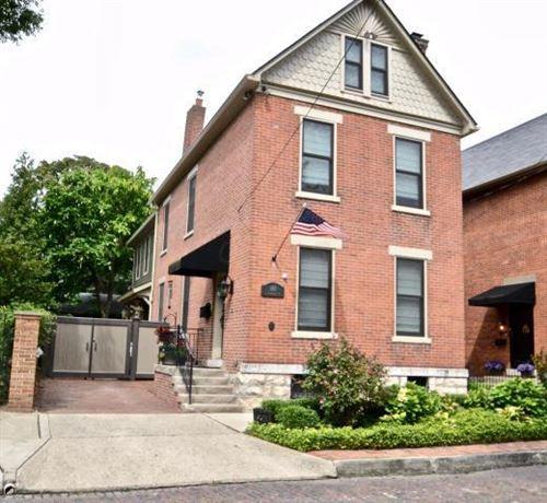 Photo of 180 E Kossuth Street, Columbus, OH 43206 (MLS # 220032801)